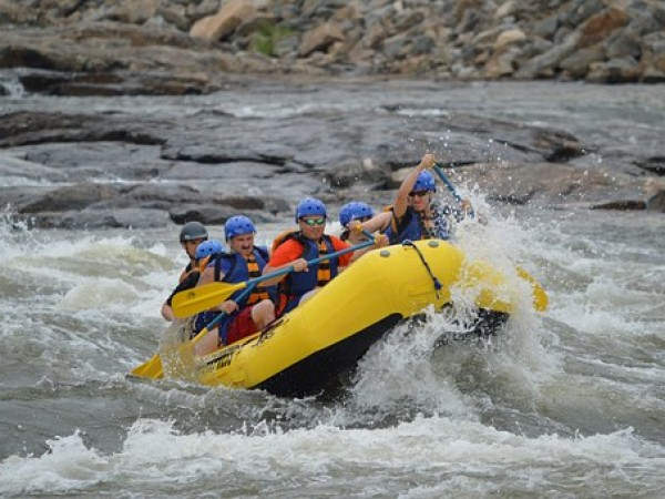 Rafting in Nepal rivers | Adventure Activities in Nepal | Inbound Tour | Our services.